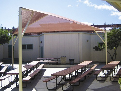Outdoor Dining Shade for Schools - Nixon Elementary School