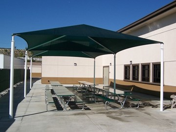 Shade for Outdoor School Dining - Oak Hills Elementary School