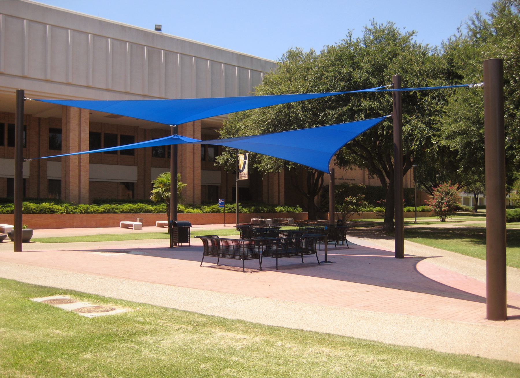 angelo_state_university_four_point_sails_shade_structure