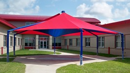gauthier_elementary_school_mariners_hexagon_shade_structure