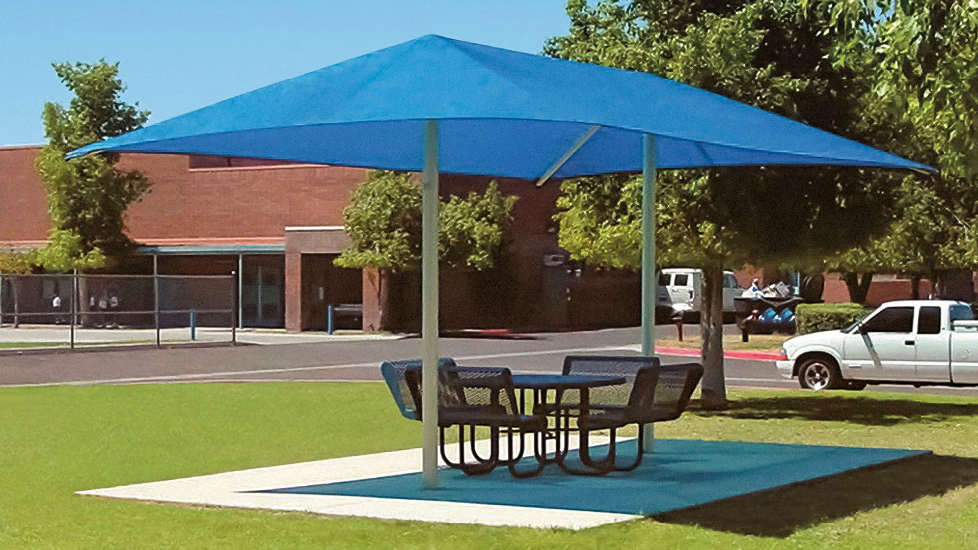 Two Post Hip Fabric Shade Structure